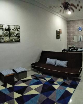 Falisya House