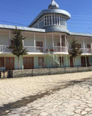 Lahic Hostel