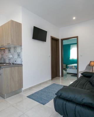 Doukas Apartments