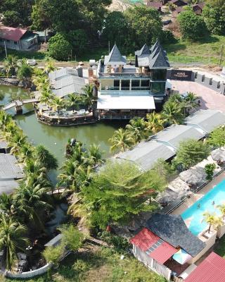 Casa Loma at Airis Sanctuary