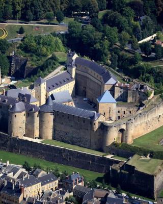 Maison à Sedan à 100m du château fort