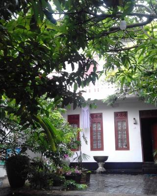 Sunstyle Mirissa (mini guest house)