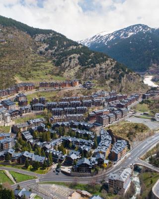 El Tarter Apartments