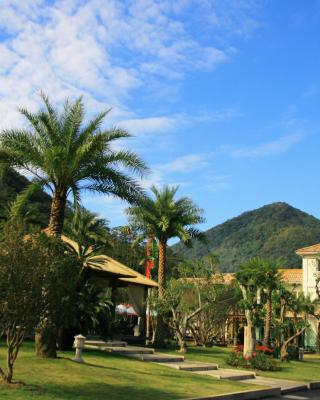 Hui-Lai Resorts