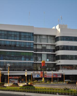 Days Hotel Iloilo