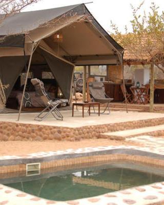 Lady Africa Bush Lodge