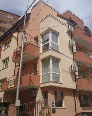Guest House Radenkovi