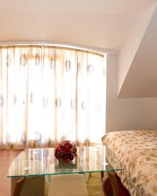 Guest Rooms Tivona