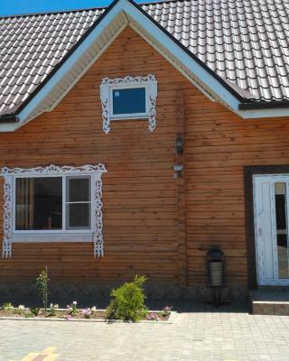 Guesthouse on Pribrezhnaya 73