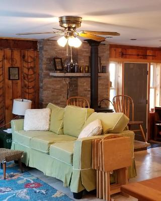 East Tawas Rustic Retreat