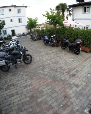 Hotel Bicaj