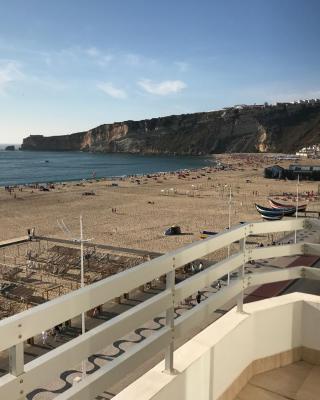 Nazare Marisol Praia