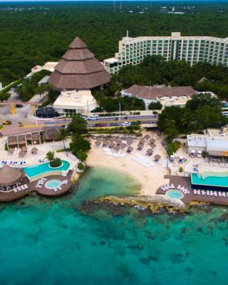 Grand Park Royal Luxury Resort Cozumel