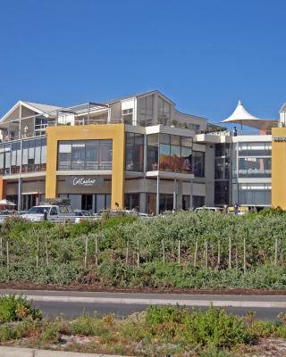 Seaside Deluxe Apartment
