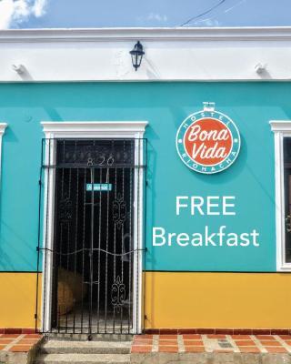 Bona Vida Hostel La Quinta