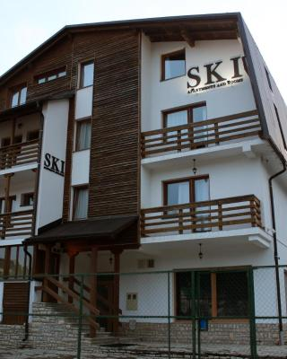 Apartments and Rooms Ski