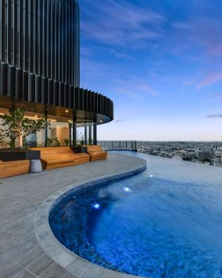 Stunning Urban Apartment in the Heart of the CBD