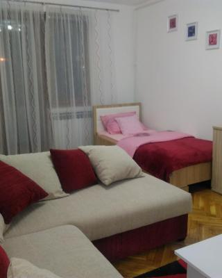 "Apartman ""Plitvice and You"""
