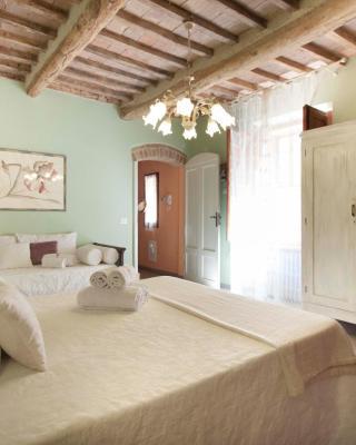 Deluxe Romantic Apartment