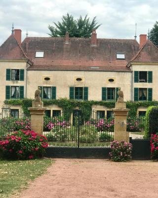 Chateau De Martigny