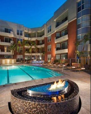 Spacious Private Marina Suite