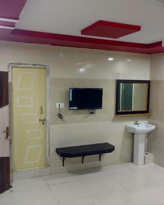 Sree Guru Sannidhi ( A Budget Luxury Lodge)