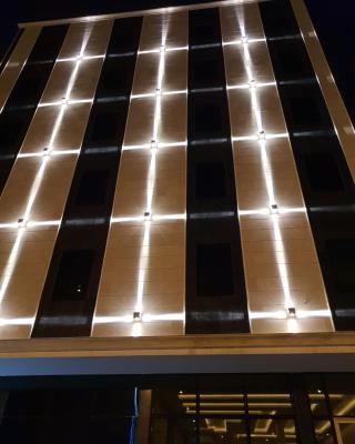 WARD Hotel Suites