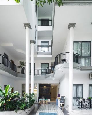 Christina's Saigon - Sunshine Song Day Apartment