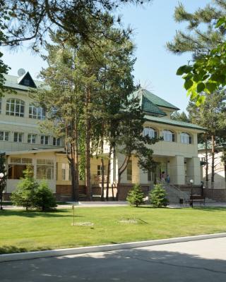 Borvikha Hotel & Spa