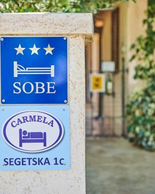 Rooms Carmela