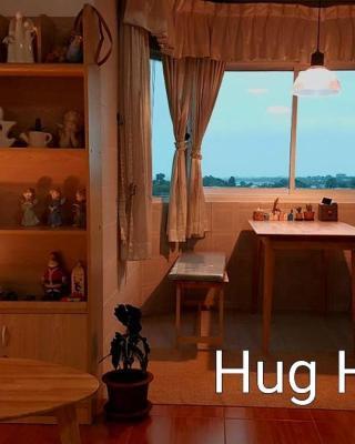 Hug Home I