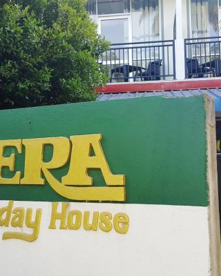 Era Holiday House
