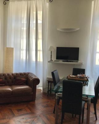 TOSUIT Central Suite Cavour