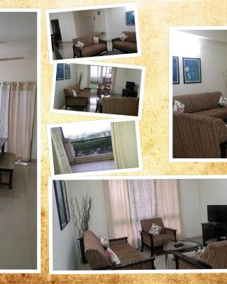 ClapOni - Private rooms with Pool Facility