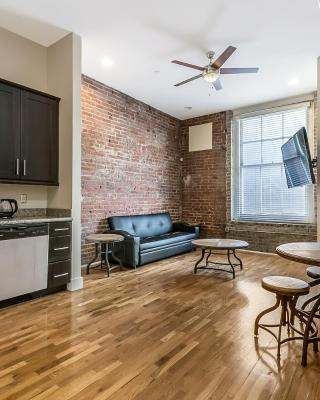 Gorgeous 1BD's in Merchant Lofts by Hosteeva