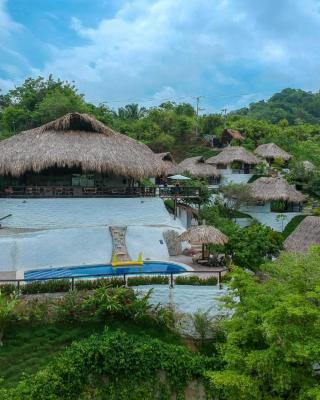 Quetzal Dorado Eco-Lodge