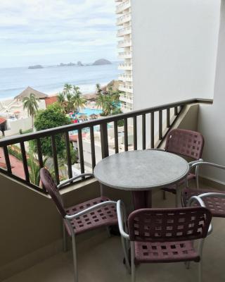 Hotel Tesoro Condo 522