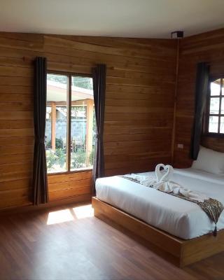 Lanta private bungalow