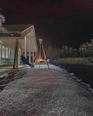Jølstraholmen Camping og Hytter