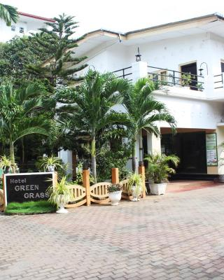 Green Grass Hotel & Restaurant