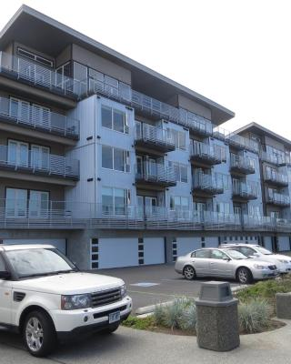The Marinaside Resort