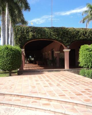 Hotel Hacienda Cazadores