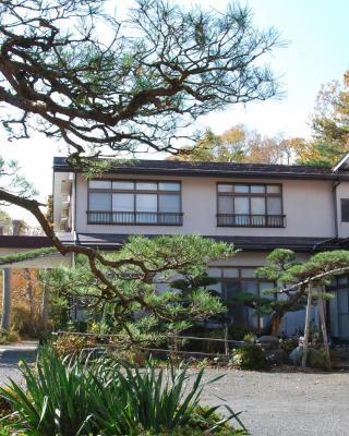 Yamanouchi Guest House