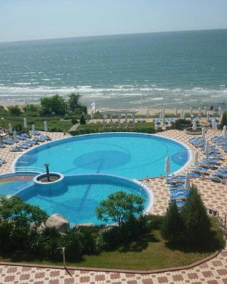 PrimaSol Sineva Beach Hotel - All Inclusive