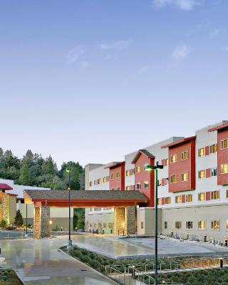 The Hotel at Black Oak Casino Resort