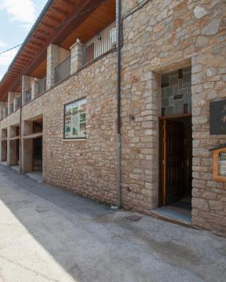 Apartaments Castellar de n'Hug