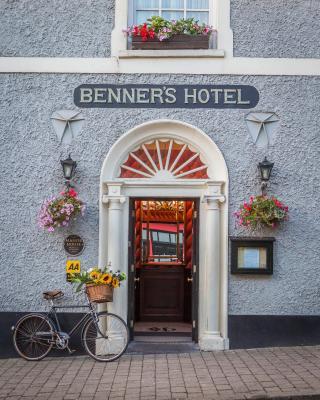 Dingle Benners Hotel