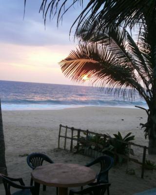 Tamaro Beach Resort