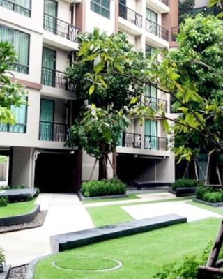 Chor Cher - The Green Hotel