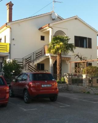 Apartments Reinić